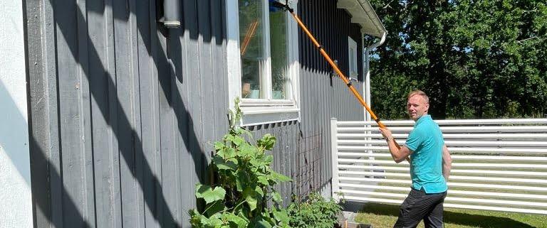 Utvändig fönstertvätt med ultrarent vatten